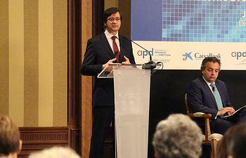 """Arturo Romaní participa en la conferencia-coloquio """"La reestructuración del sistema financiero"""" (3). Foto: JCCM."""