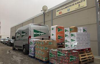 El Corte Inglés. Donación Alimentos en Albacete.