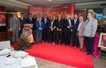 El Jurado de los Premios Taurinos Samueles junto a los premiados en la Gala de entrega de los XI Premios Taurinos Samueles correspondientes a la Feria de Taurina de Albacete 2016