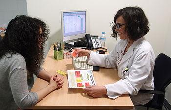 Equipo de Farmacia Hospitalaria de Ciudad Real diseña una estrategia para prevenir náuseas y vómitos en la quimioterapia