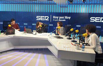 Carmen calvo durante una entrevista en la cadena SER.