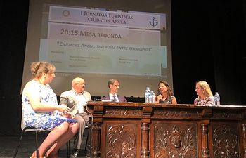 Clausura de la jornada 'Ciudades Ancla, un desafío y una oportunidad para el desarrollo turístico sostenible'.
