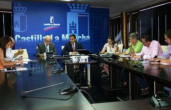 Reunión Gobierno, OPAS y Cooperativas sobre veto de Rusia. Foto: JCCM.
