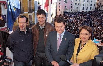 Emiliano García-Page y Juan Ávila, entre otros, en la Procesión de Las Turbas de Cuenca - 18-04-14.