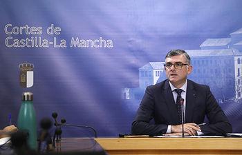 El secretario primero de la Mesa de la Cámara autonómica, Ángel Tomás Godoy. Foto: CARMEN TOLDOS