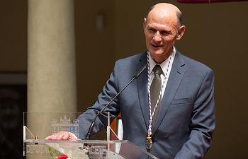 Medalla de Oro, de Honor y de Gratitud al referente mundial de la biomedicina, Juan Carlos Izpisúa en Albacete
