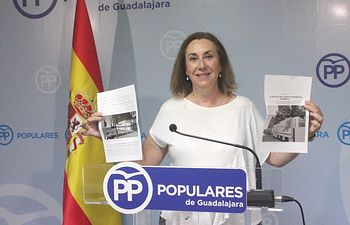 """Silvia Valmaña denuncia que Page considere ahora """"ideal"""" un pacto con Podemos que hace solo unos meses le parecía """"repugnante"""""""