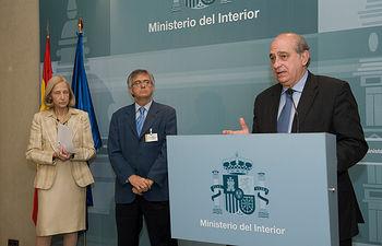 El ministro del Interior, Jorge Fernández Díaz, ha presentado el sistema nacional de alertas para niños desaparecidos. Foto: Ministerio del Interior