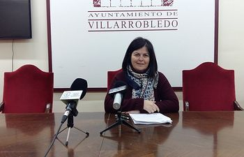 Trinidad Moyano, portavoz del grupo socialista en el Ayuntamiento de Villarrobledo,.