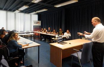 Ángel Prieto Sotos,  Director  del CEEI, Centro Europeo de Empresas e Innovación de Albacete ha invitado a una jornada formativa al alumnado del módulo de Técnicas de Ventas.