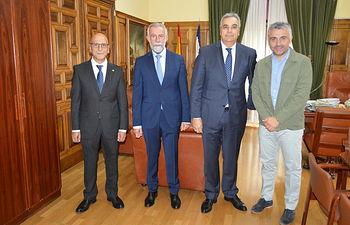 D. Jaime Ramos, ha recibido en su despacho al nuevo director de El Corte Inglés
