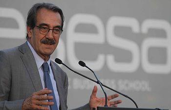 Emilio Ontiveros. Archivo.