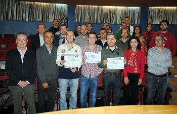 Premiados junto a profesores y responsables del Máster