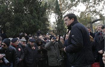 Óscar López en el acto de homenaje a Pablo Iglesias