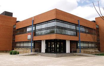 Escuela Superior de Ingenieros Técnicos Agrónomos en el Campus universitario de Albacete.