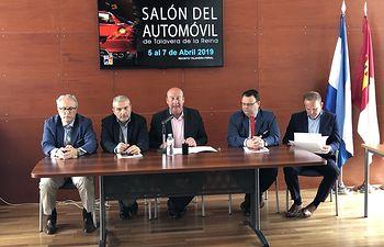 Castillo presenta el IX Salón del Automóvil.