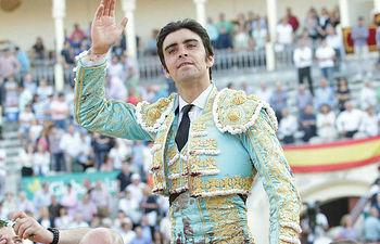 Miguel Ángel Perera, Corrida de ASPRONA 2016.