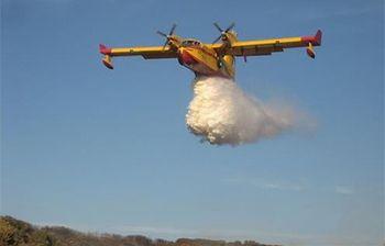 Avión de lucha contra incendios