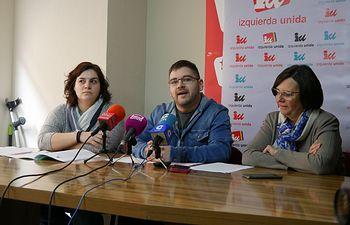 Ester Navarro, Cristian Ibáñez y Victoria Delicado