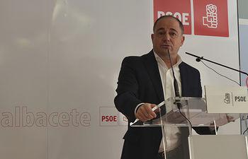 Emilio Sáez.
