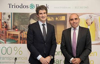 """Mikel García-Prieto, director general de """"Triodos Bank"""", junto a Martín Guiñazú. subdirector general comercial de """"Triodos Bank"""""""