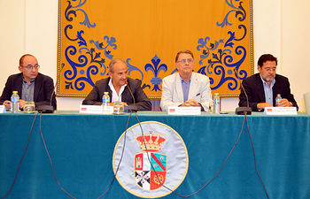 De izqda. a dcha.: José María Coronado, Juan Ramón de Páramo, José María Menéndez y Miguel Beltrán.