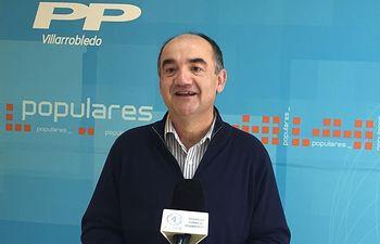 Valentín Bueno, Senador Popular.