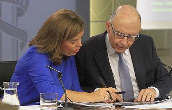 Comparecencia de la vicepresidenta del Gobierno, Soraya Sáenz de Santamaría, y del ministro de Hacienda y Administraciones Públicas, Cristóbal Montoro.