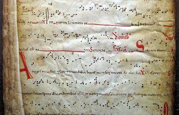 Detalle de una de las partituras halladas en el Archivo Histórico Provincial de Guadalajara, cuya música será interpretada este sábado por el grupo Schola Antiqua en la iglesia de los Remedios.