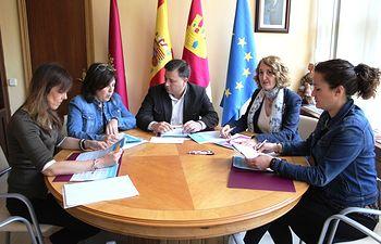 Reunión con Colegio Oficial de la Psicología de Castilla-La Mancha.
