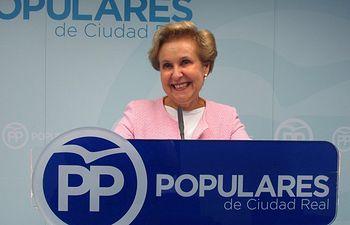 Carmen Quintanilla, diputada regional.