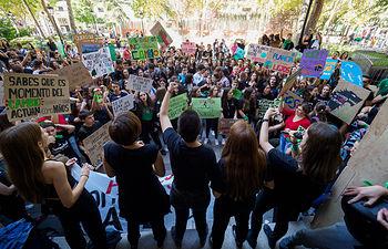 Manifestación para pedir soluciones a la crisis climática en Albacete. Foto: Manuel Lozano Garcia / La Cerca