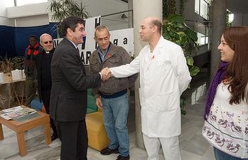 Echániz visita el centro Hogar 2000 II. Foto: JCCM.