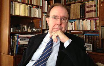 Pedro Álvarez de Miranda, catedrático de Filología Española.
