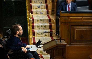El portavoz de Unidas Podemos, Pablo Echenique, defiende la solicitud de autorización de prórroga del estado de alarma hasta el 26 de abril.