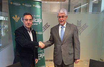 Firma del Convenio entre la Fundación Globalcaja Albacete y el Colegio de Ingenieros Agrónomos y Montes