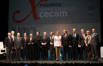 Presidenta Cospedal entrega Premios CECAM. Foto: JCCM.