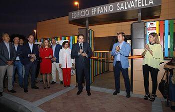 Paco Núñez inaugura la Escuela Infantil de Santa Olalla.