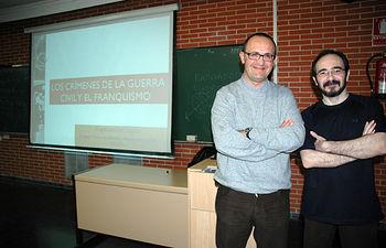 El profesor de la UCLM, Ángel Sánchez Legido (izqda), y el investigador del CEDOBI, Ángel Arjona (dcha)