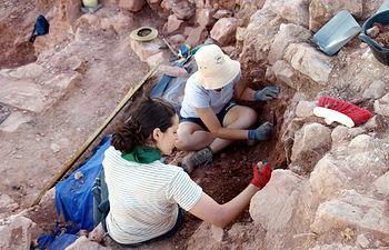 Campaña de excavación arqueológica en Montiel correspondiente a una edición anterior.