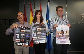 Presentación de la caravana solidaria de la Asociación Pueblo Saharaui