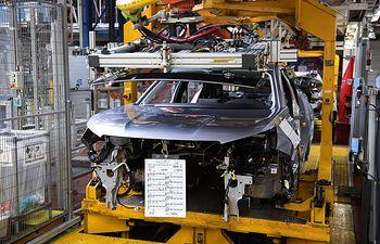 Linea de montaje vehículos. Foto: Europa Press 2020