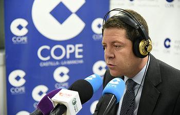 Emilian García Page en una entrevista en la Cadena COPE