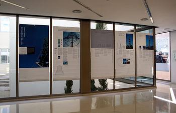 La exposición cuenta con dos sedes: en la Escuela de Caminos y en la Biblioteca Pública del Estado