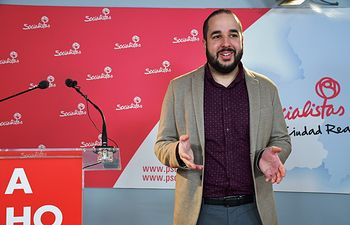 Miguel González, diputado nacional socialista.