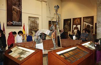 """Gran acogida de la exposición """"El Quijote, la pasión por un libro"""""""