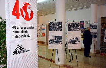 Exposición de Médicos Sin Fronteras en la Facultad de Letras.
