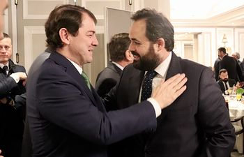 Paco Núñez en el  desayuno informativo organizado por Europa Press con el presidente de Castilla y León, Alfonso Fernández Mañueco.