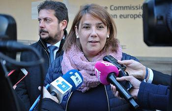 Entrega de informe del Tajo en Bruselas. Agustina García Élez,  consejera de Fomento. (FOTOS: Cristina Fernández Garcíaa-Viso//JCCM)