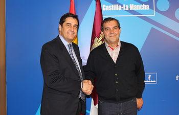 Echániz con alcalde Elche de la Sierra